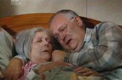 Madge Bishop, Harold Bishop in Neighbours Episode 3740
