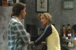 Drew Kirk, Steph Scully in Neighbours Episode 4069