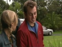 Felicity Scully, Stuart Parker in Neighbours Episode 4073