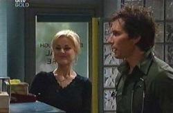 Dee Bliss, Darcy Tyler in Neighbours Episode 4075