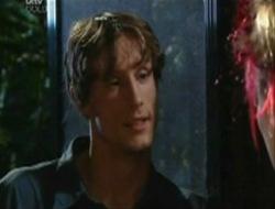 Ray Milsome, Nina Tucker in Neighbours Episode 4078
