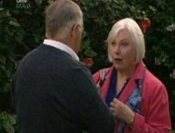 Harold Bishop, Rosie Hoyland in Neighbours Episode 4078