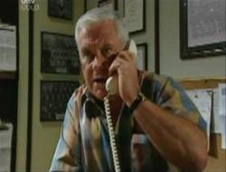 Lou Carpenter in Neighbours Episode 4078