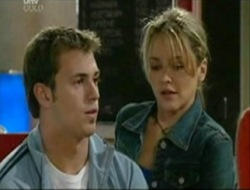 Stuart Parker, Steph Scully in Neighbours Episode 4080
