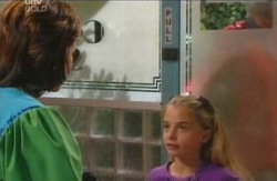 Lyn Scully, Summer Hoyland in Neighbours Episode 4084