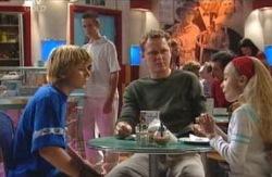 Boyd Hoyland, Max Hoyland, Summer Hoyland in Neighbours Episode 4088