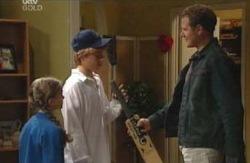 Summer Hoyland, Boyd Hoyland, Max Hoyland in Neighbours Episode 4089