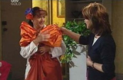 Susan Kennedy, Lyn Scully in Neighbours Episode 4089