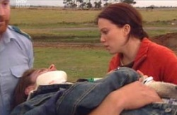 Drew Kirk, Libby Kennedy in Neighbours Episode 4090