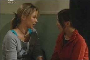 Steph Scully, Libby Kennedy in Neighbours Episode 4091