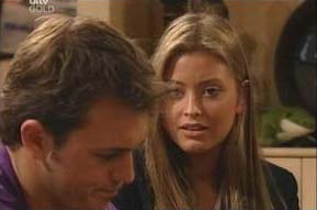 Stuart Parker, Felicity Scully in Neighbours Episode 4092