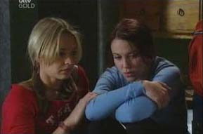Steph Scully, Libby Kennedy in Neighbours Episode 4092
