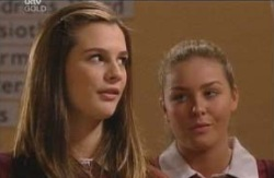 Tahnee Coppin, Michelle Scully in Neighbours Episode 4093