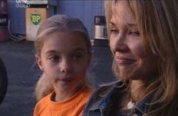 Summer Hoyland, Steph Scully in Neighbours Episode 4095