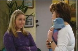 Michelle Scully, Lyn Scully in Neighbours Episode 4098