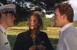 Const. Hamblyn, Felicity Scully, Stuart Parker in Neighbours Episode 4113