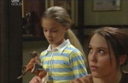 Summer Hoyland, Libby Kennedy in Neighbours Episode 4113