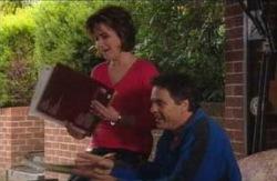 Lyn Scully, Joe Scully in Neighbours Episode 4113