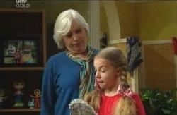 Rosie Hoyland, Summer Hoyland in Neighbours Episode 4114