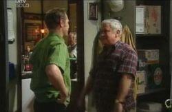 Max Hoyland, Lou Carpenter in Neighbours Episode 4114