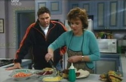 Lyn Scully, Joe Scully in Neighbours Episode 4115