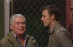 Lou Carpenter, Stuart Parker in Neighbours Episode 4116