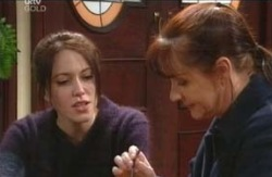 Libby Kennedy, Susan Kennedy in Neighbours Episode 4119