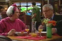 Rosie Hoyland, Lou Carpenter in Neighbours Episode 4119