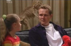 Summer Hoyland, Max Hoyland, Dino in Neighbours Episode 4120