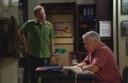 Max Hoyland, Lou Carpenter in Neighbours Episode 4123