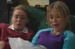 Michelle Scully, Steph Scully in Neighbours Episode 4124