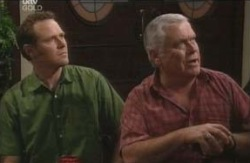 Max Hoyland, Lou Carpenter in Neighbours Episode 4124