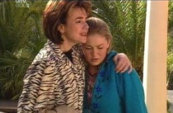 Lyn Scully, Michelle Scully in Neighbours Episode 4126