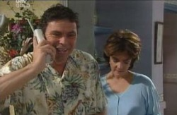 Joe Scully, Lyn Scully in Neighbours Episode 4128