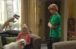Dino, Bob, Summer Hoyland, Boyd Hoyland in Neighbours Episode 4129
