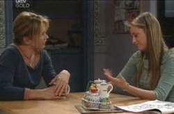 Steph Scully, Felicity Scully in Neighbours Episode 4129