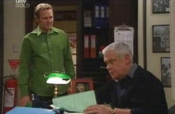 Max Hoyland, Lou Carpenter in Neighbours Episode 4130