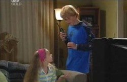 Boyd Hoyland, Summer Hoyland in Neighbours Episode 4130