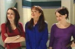 Libby Kennedy, Susan Kennedy, Karen Buckley in Neighbours Episode 4131