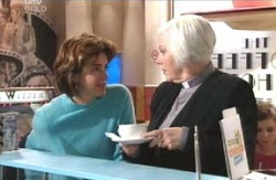 Rosie Hoyland, Lyn Scully in Neighbours Episode 4131