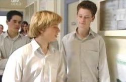 Boyd Hoyland, Daniel Clohesy in Neighbours Episode 4131