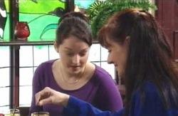 Karen Buckley, Susan Kennedy in Neighbours Episode 4131