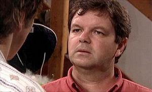 Chris Cousens, David Bishop in Neighbours Episode 4405