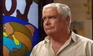 Lou Carpenter in Neighbours Episode 4412