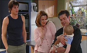 Jack Scully, Lyn Scully, Tom Scully, Oscar Scully in Neighbours Episode 4470
