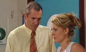 Karl Kennedy, Izzy Hoyland in Neighbours Episode 4470