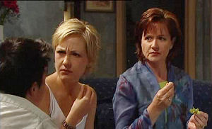 Sindi Watts, Susan Kennedy in Neighbours Episode 4473