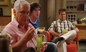 Lou Carpenter, Tom Scully, Jack Scully in Neighbours Episode 4473