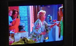 Oscar Scully, Lyn Scully, Valda Sheergold, Sindi Watts in Neighbours Episode 4473