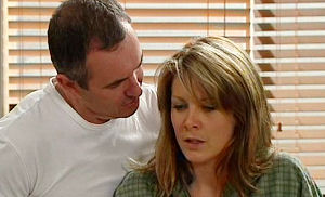 Karl Kennedy, Izzy Hoyland in Neighbours Episode 4479